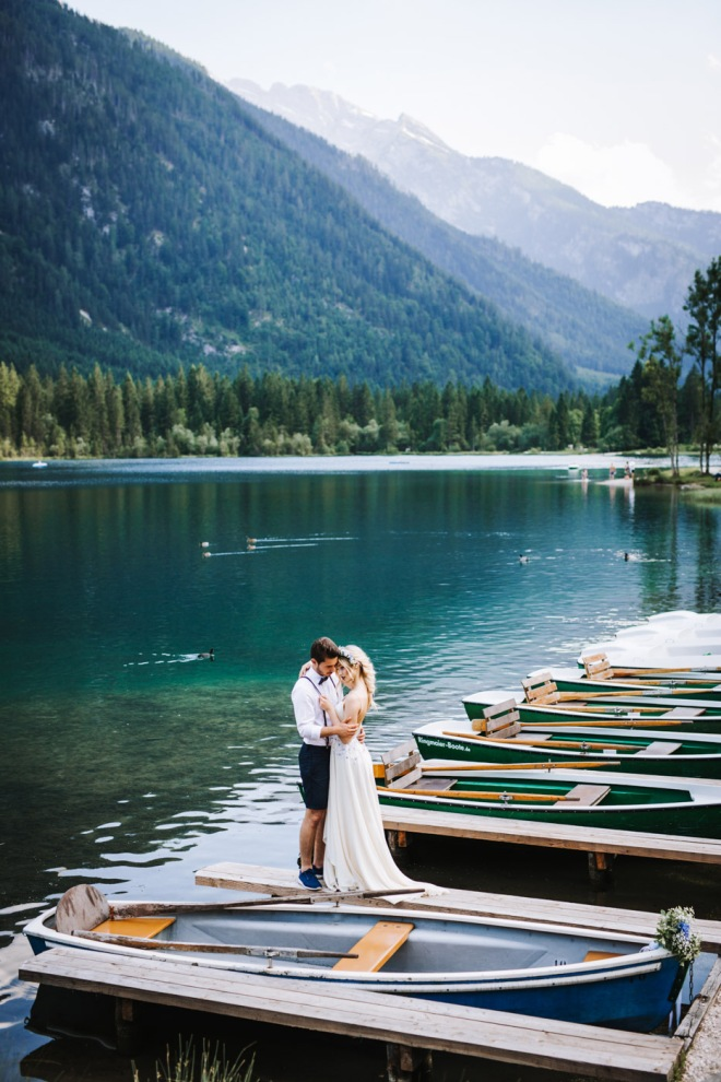 Lake Shooting Couple Fashion blogger influencer instagram407-2