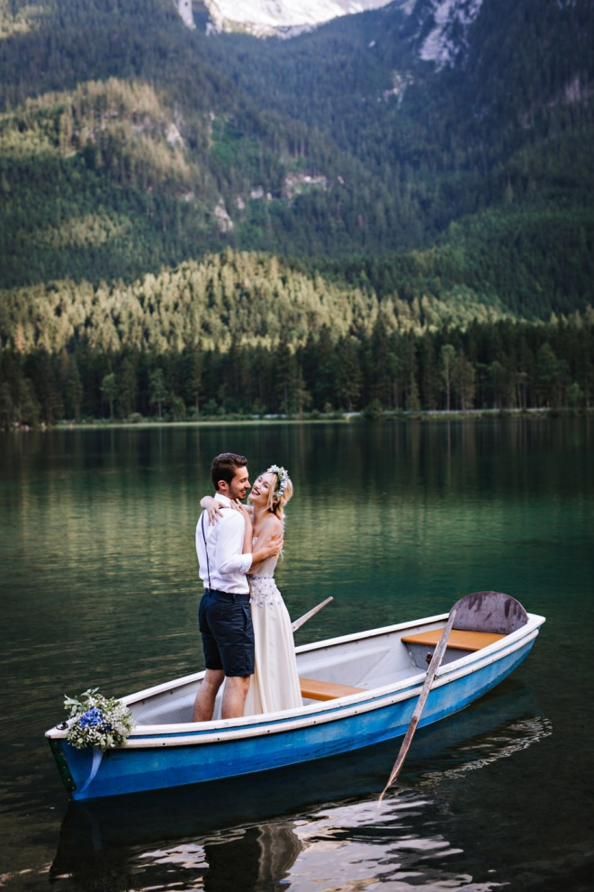 Lake Shooting Couple Fashion blogger influencer instagram480-2